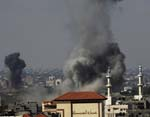 Israel Drops White Phosphorus Bombs on Gazans