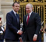 Putin Visits France, Hopes to Mend Strained Ties with West