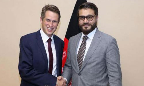 Williamson in Kabul Vows  to Bolster Afghan Forces