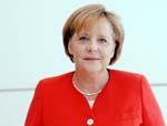 Merkel Says Tightening Ukraine-Russian Border is Key to Peace Deal